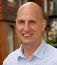 Dr Chris Byrne
